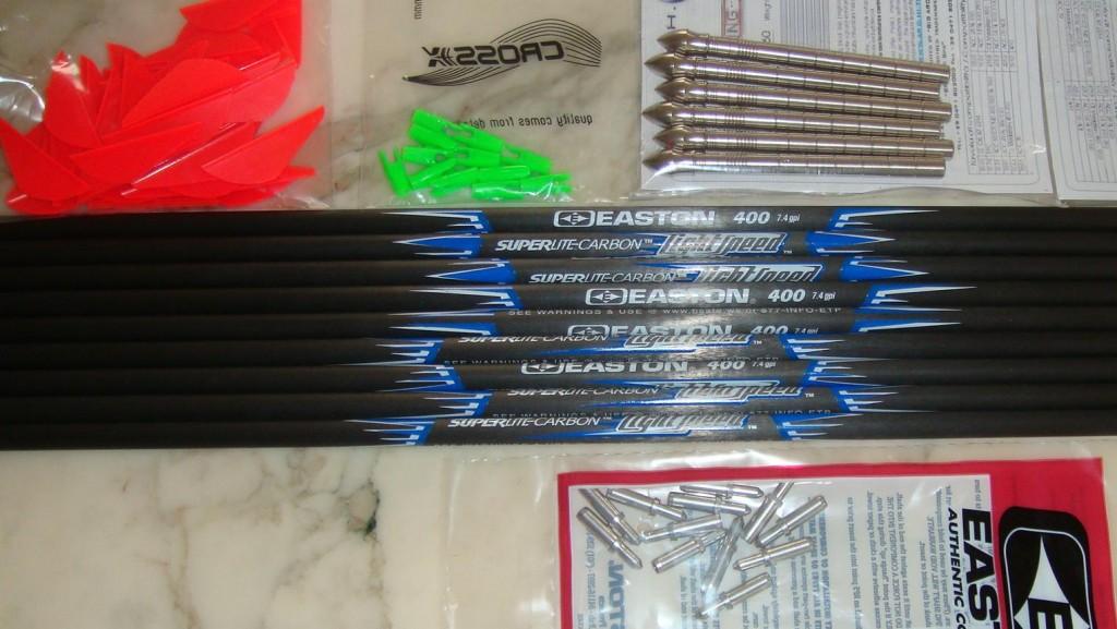 Exemple de kit pour montage de flèches carbone Lightspeed avec pointes, plumes, pins et encoches